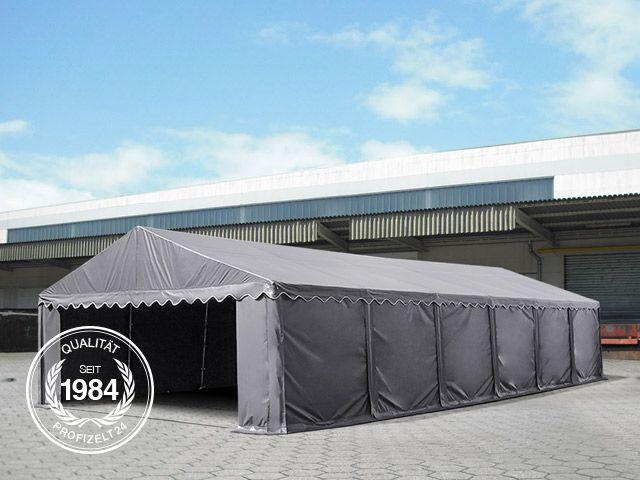 Lagerzelt vor einer Lagerhalle