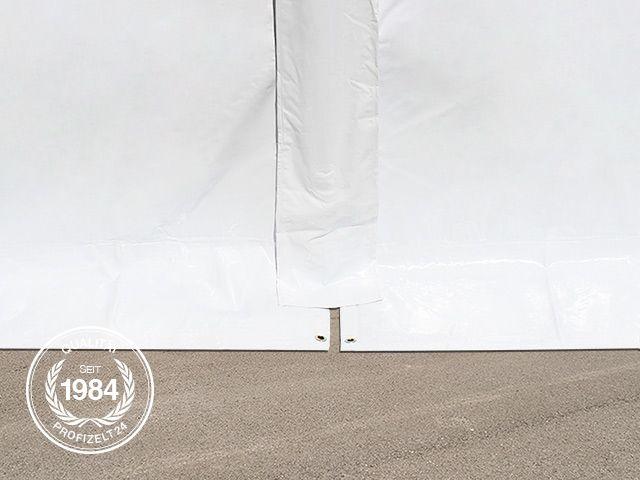 Zeltplane eines Lagerzeltes von außen betrachtet