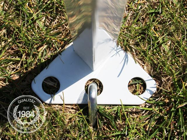 Die Standbeine sind im stabilen Vierkant-Profil