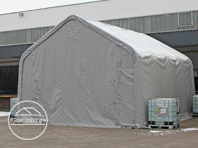 Wassertanks zur Befestigung des Zeltes.