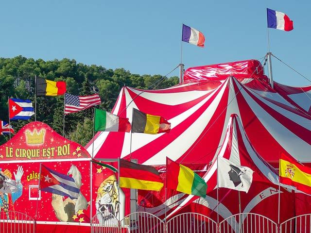 Geschichte des Zirkuszeltes