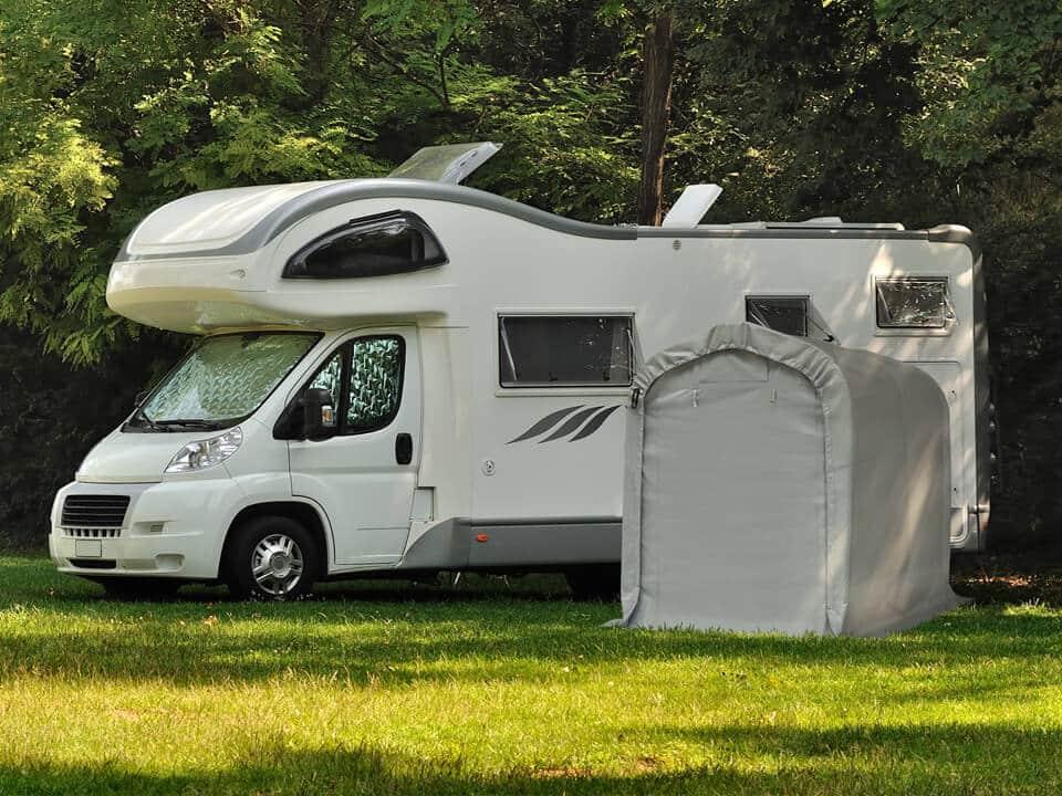 Robuste Camping-Garagenzelte als Raumerweiterung